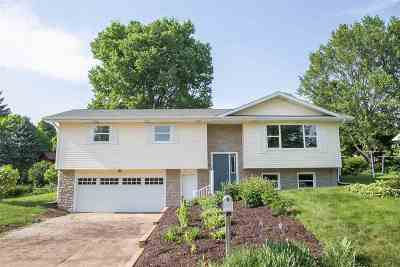 Mount Horeb Single Family Home For Sale: 504 Linda Rd