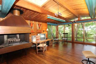 Iowa County Single Family Home For Sale: 4656 Mounds Park Rd