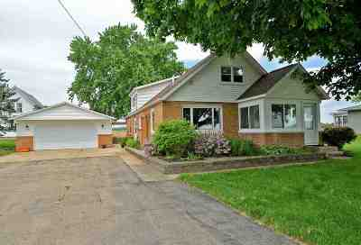 Sauk City Single Family Home For Sale: 8894 County Road Y