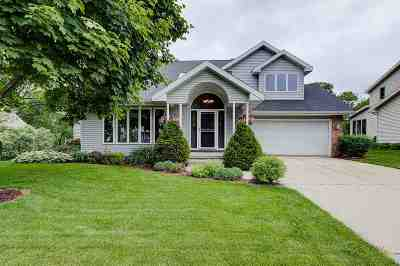 Waunakee Single Family Home For Sale: 1702 Dover Dr