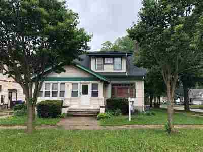 Columbus Single Family Home For Sale: 153 S Lewis St