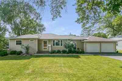 Monona Single Family Home For Sale: 4709 Wallace Ave