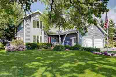 Dodge County Single Family Home For Sale: 405 N Fairfield Ave