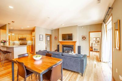 Madison Condo/Townhouse For Sale: 201 N Blair St #302