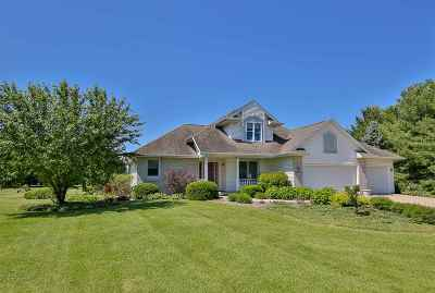 Janesville Single Family Home For Sale: 6753 W Thornapple Dr