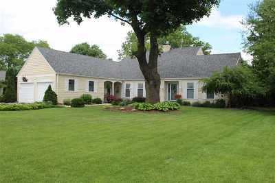 Janesville Single Family Home For Sale: 409 Apache Dr