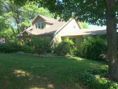 Green County Single Family Home For Sale: W1902 Town Center Rd