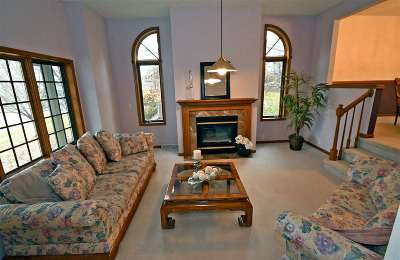 Oregon Single Family Home For Sale: 709 Foxfield Rd
