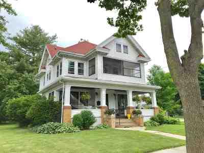 Prairie Du Sac Single Family Home For Sale: 405 4th St