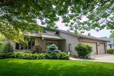 Waunakee Single Family Home For Sale: 1810 Dover Dr