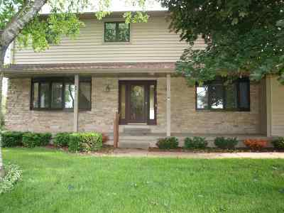 Deforest Single Family Home For Sale: 6503 Gina Ln