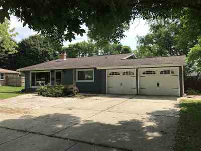 Sauk City Single Family Home For Sale: 226 Madison St
