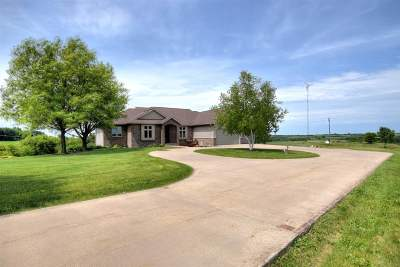 Mount Horeb Single Family Home For Sale: 9846 County Highway A