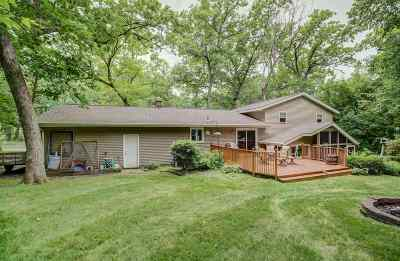 Marshall Single Family Home For Sale: 5872 Wagon Ln