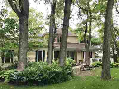 Sauk County Single Family Home For Sale: S9005 Woodford Ln