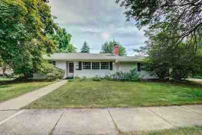 Madison Single Family Home For Sale: 5030 Manitowoc Pky