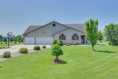 Green County Single Family Home For Sale: N9584 Carla Dr