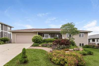 Mount Horeb Single Family Home For Sale: 609 Lavern Ridge Rd