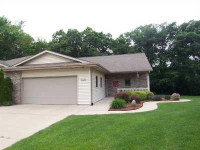 Beloit Condo/Townhouse For Sale: 2705 E Ridge Rd