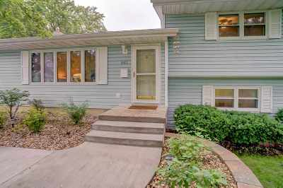 Dane County Single Family Home For Sale: 843 Barbara St