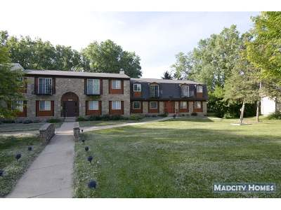 Middleton Condo/Townhouse For Sale: 7012 Fortune Dr #C