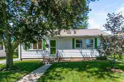 Madison Single Family Home For Sale: 3642 Wilshire Ln