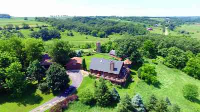 Green County Single Family Home For Sale: W9095 Sawmill Rd