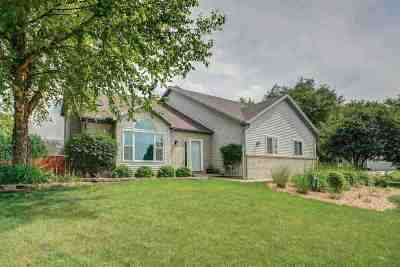Madison Single Family Home For Sale: 2938 Maple View Dr