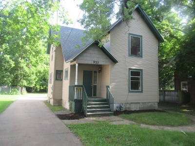 Beloit Single Family Home For Sale: 923 Euclid Ave
