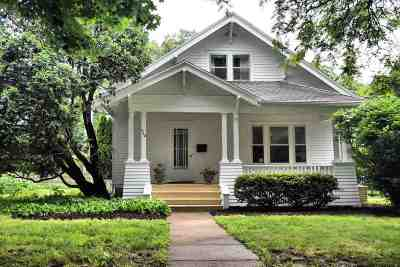 Wisconsin Dells Single Family Home For Sale: 710 Washington Ave