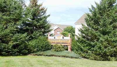 Wisconsin Dells Condo/Townhouse For Sale: 33b Grand Canyon Dr #110