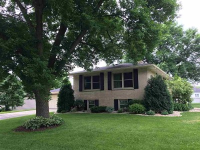 Fitchburg WI Single Family Home For Sale: $314,900