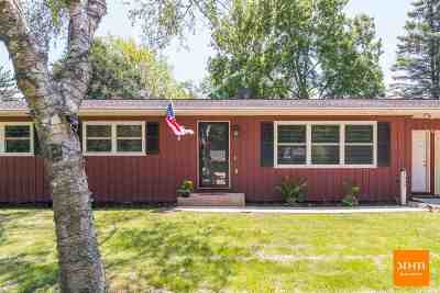 Middleton WI Single Family Home For Sale: $319,900