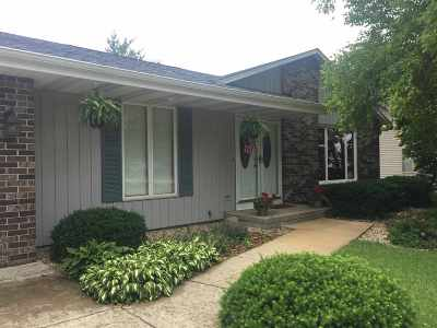 Janesville Single Family Home For Sale: 4228 Park View Dr