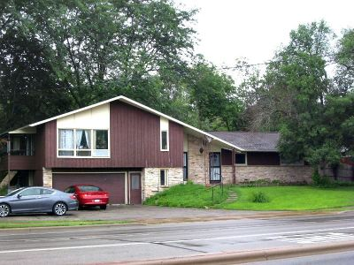 Madison Multi Family Home For Sale: 5609 University Ave