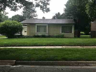 Madison Single Family Home For Sale: 556 Chatham Terr