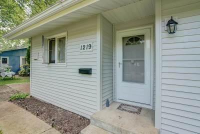 Sun Prairie Single Family Home For Sale: 1219 Pine St