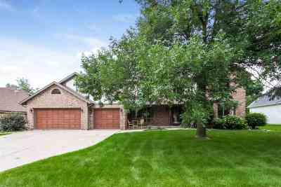 Dane County Single Family Home For Sale: 2872 Forest Down