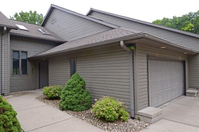 Prairie Du Sac Condo/Townhouse For Sale: N904 Fairway Ln #B