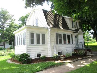 Madison WI Single Family Home For Sale: $409,000
