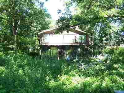 Beloit Single Family Home For Sale: 2546 Shopiere Rd