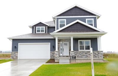 Sauk City Single Family Home For Sale: 2012 Goldfinch Ln