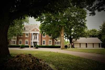 Beloit Single Family Home For Sale: 1614 Emerson St