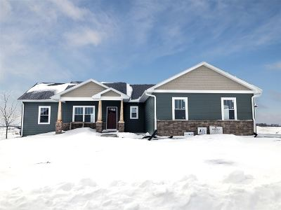 Janesville Single Family Home For Sale: 408 Rimrock Rd