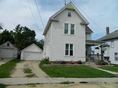 Green County Single Family Home For Sale: W2998 Main St