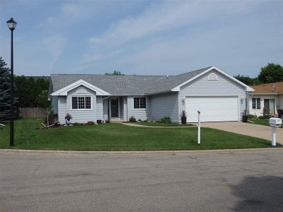 Sun Prairie Single Family Home For Sale: 1024 Bethany Ct