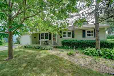 Madison Single Family Home For Sale: 1405 Woodvale Dr