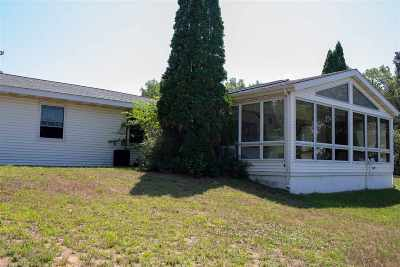 Friendship WI Single Family Home For Sale: $179,000