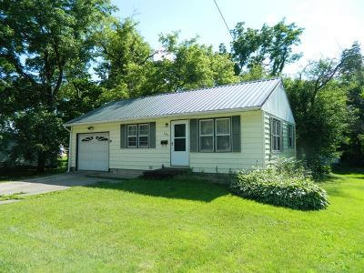 Green County Single Family Home For Sale: 305 N Mechanic St