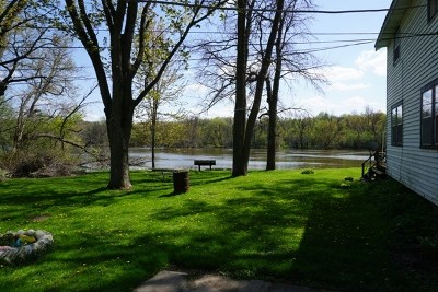 Janesville Single Family Home For Sale